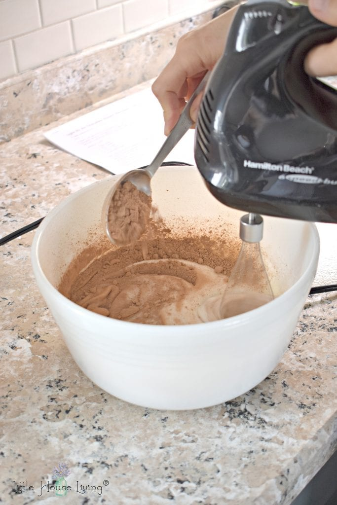 Adding Chocolate to Meringue Cookies