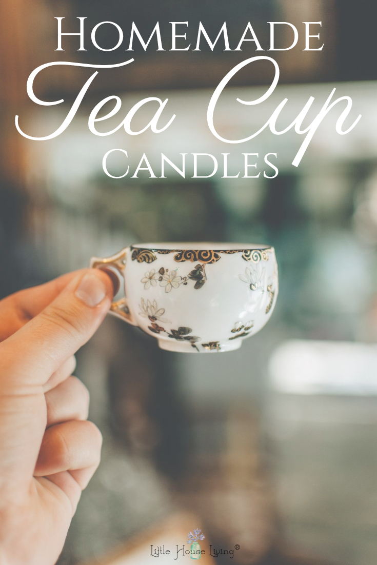 These little Teacup candles are ridiculously cute and make the perfect gift! So easy and inexpensive to make too!  #teacupcandles #homemadecandles #diycandlegift #diycandles