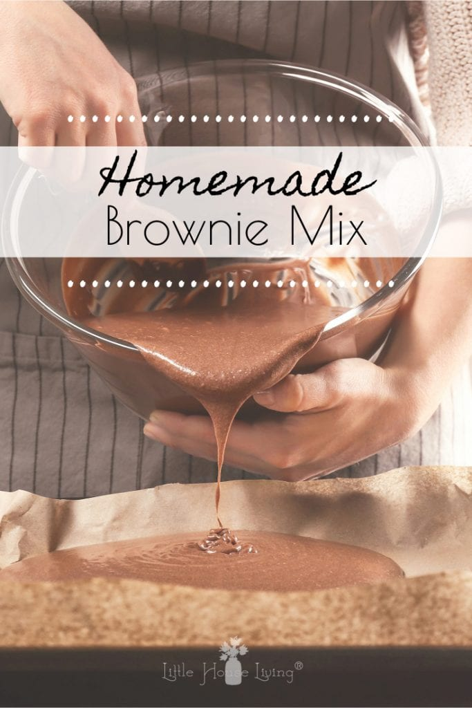 Make your own homemade brownie mix so that you can make delicious chocolate brownies any time you want easily! #browniemix #homemadebrownies #chocolatebrownies