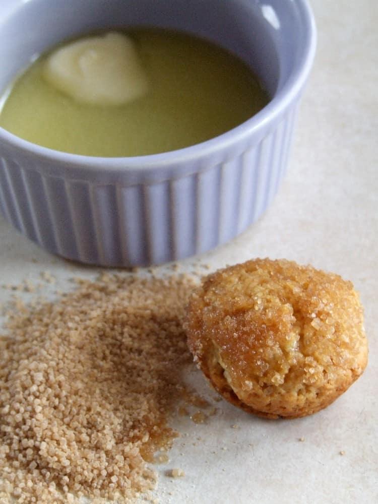 mini muffins in sugar