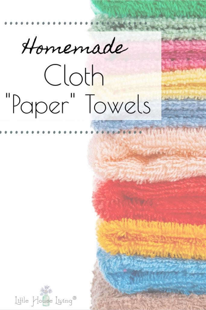 Handmade Cloth Paper Towels are an easy, low-cost DIY project perfect to give as a gift this holiday season! They can be made in any fun print you desire, they save money by not having to buy paper napkins and paper towels at the store and they help you live a little greener by reducing the amount of paper you consume! #diy #diyclothpapertowel #clothpapertowel #diyclothnapkins