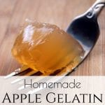You'll love this easy Apple Gelatin recipe! It's an easy, sugar-free, recipe with just two simple ingredients and makes a perfect snack or dessert! #homemadegelatin #homemadejello #allergenfriendly #snackideas #toddlersnacks #healthysnacks #highproteinsnacks