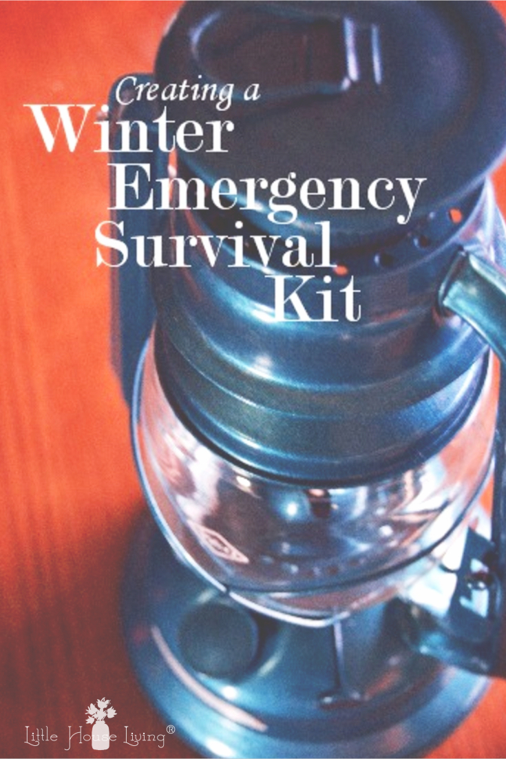 Are you prepared for winter weather? Learn how to build a thorough Winter Emergency Survival Kit to prepare for power outages in an emergency. #survivalkit #diysurvivalkit #preparednotscared #prepper #winterweather