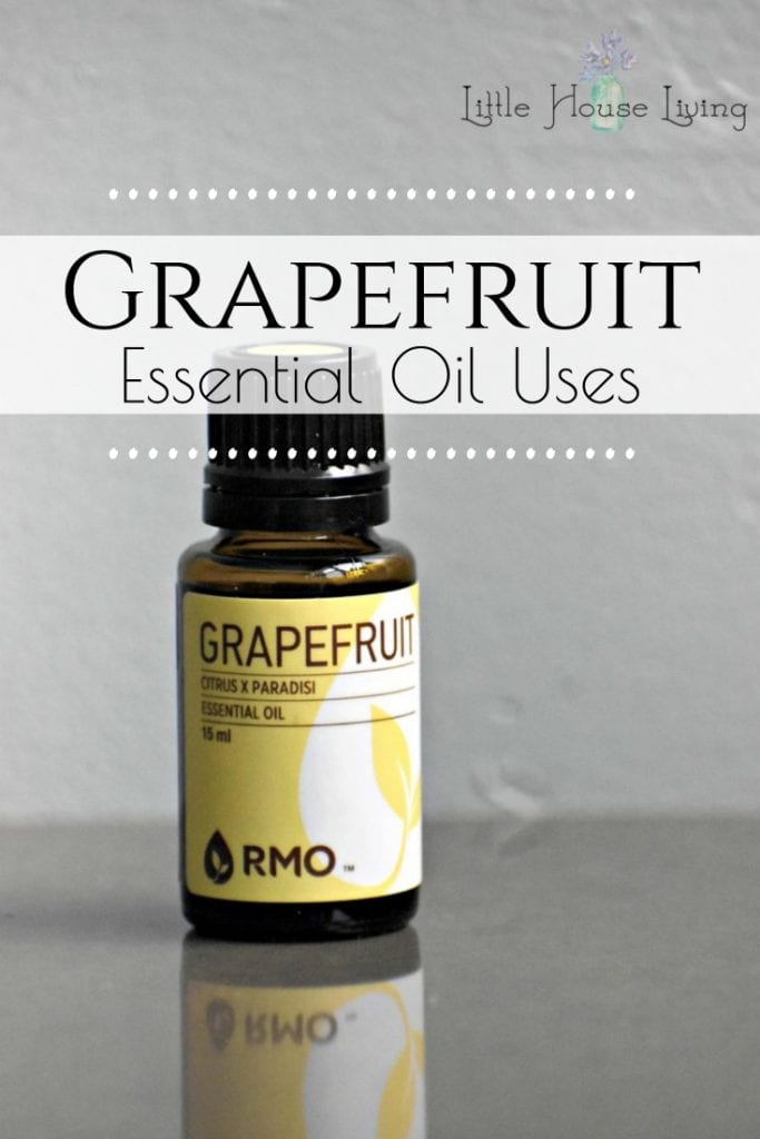 Check out this list of Grapefruit Essential Oil Uses and learn some new ways to use it in everyday living as well as how to make your own at home. #grapefruit #grapefruitessentialoil #essentialoiluses #essentialoils #eos #oilylife