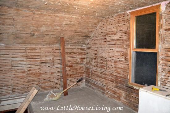 Farmhouse Landing Renovation