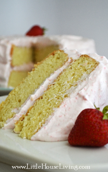 Homemade Strawberry Cake Recipe