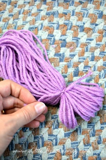 Making Head for Yarn Dolls