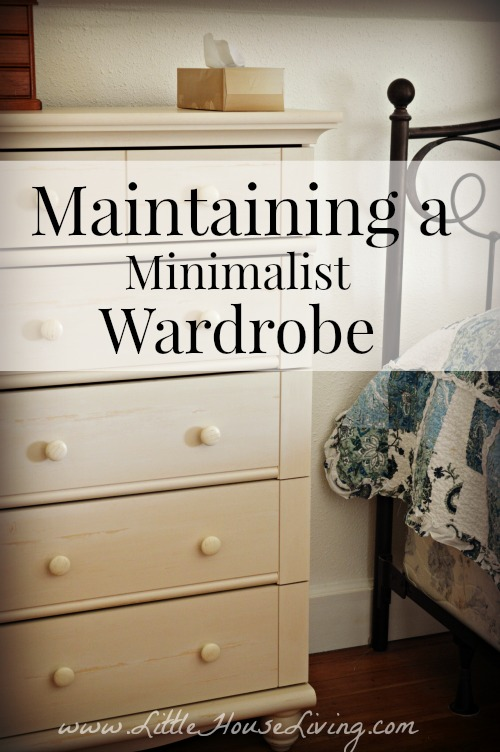Maintaining a Minimalistic Wardrobe