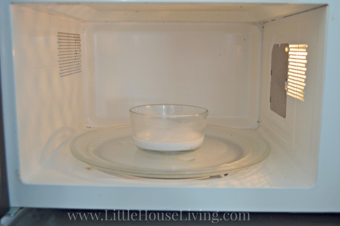 Baking Soda Microwave Cleaner