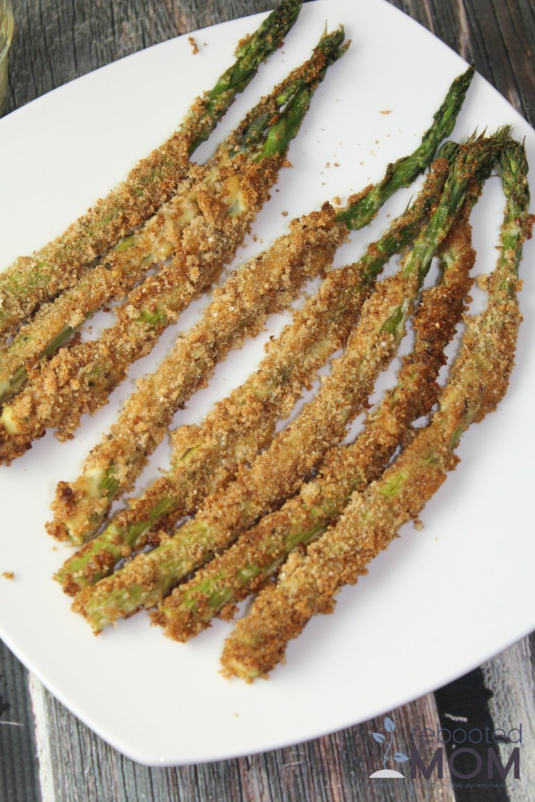Have asparagus? This Panko Roasted Asparagus is a great way to use it up!