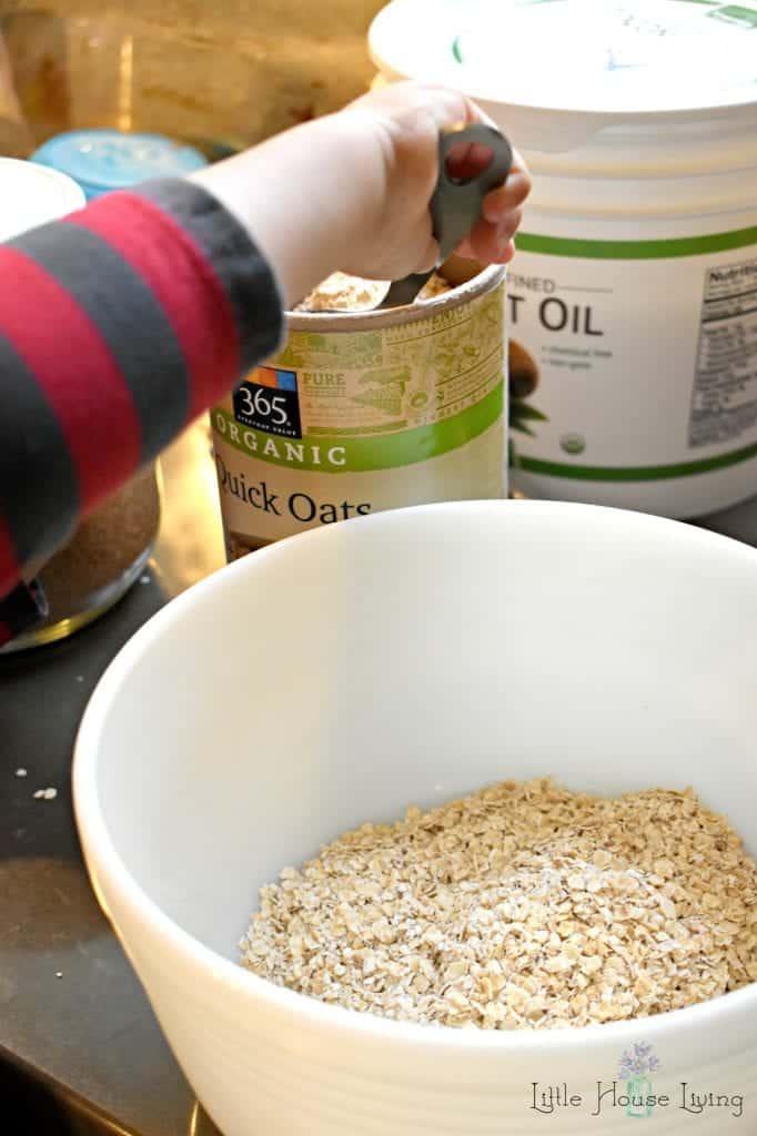 Oatmeal Raisin Granola Bars Dry Ingredients