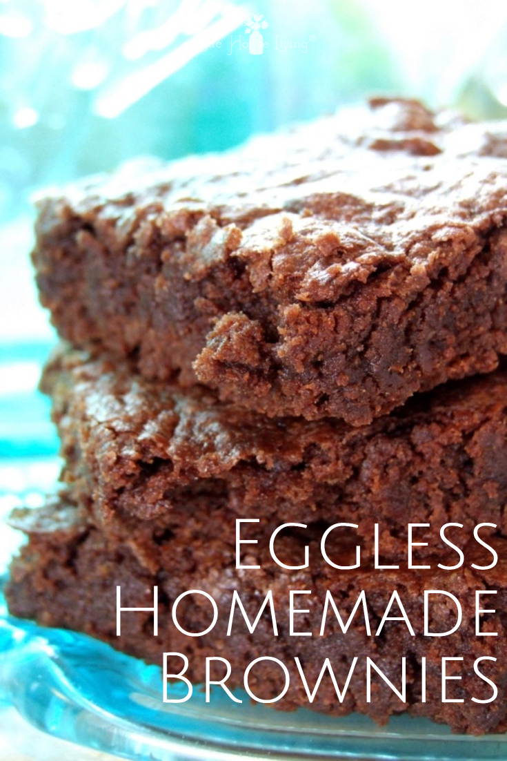 This is the perfect brownie recipe. So easy to make and they are even eggless brownies! #recipe #homemade #egglessbrownies #brownieswithouteggs #eggfreebrownies #homemadebrownies #easybrownies
