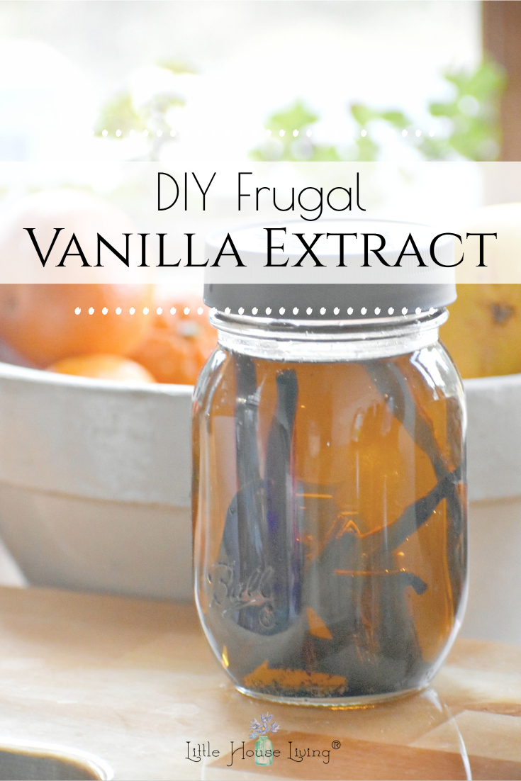 Have you been wanting to make your own vanilla extract but would prefer to make it without alcohol? Here's how to make vanilla extract with glycerin!