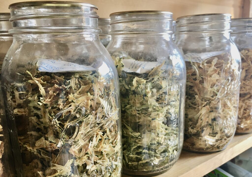 Dehydrated foods in jars